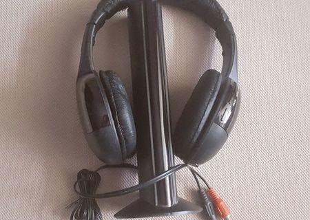 Casti FM Hi-Fi Wireless