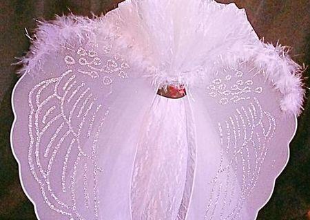 Lumanare pentru botez cu un decor special - aripi de inger