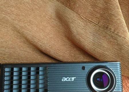 Vand videoprojector ACER X1161