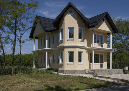 "Vila P+E+M 234 mp construiti in cartierul rezidential ""PARADISUL-VERDE"" - VILA ANTISEISMICA"