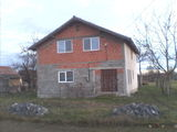 Casa de vanzare bodo - in ROSU