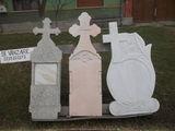 Executăm monumente funerare din marmură și mozaic