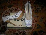 Pantofi albi cu platforma