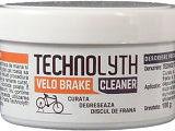 pasta curata discul de frana al bicicletei