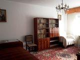 Proprietar, Timisoara/Baba Dochia, ofer 2 camere decomandate, centrala proprie