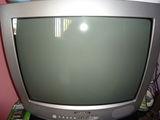 vand  urgent televizor